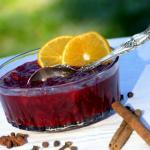 Orange-Spiced Cranberry Sauce {with Grand Marnier} | The Good Hearted Woman