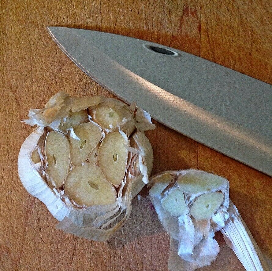 How to Roast Garlic 2