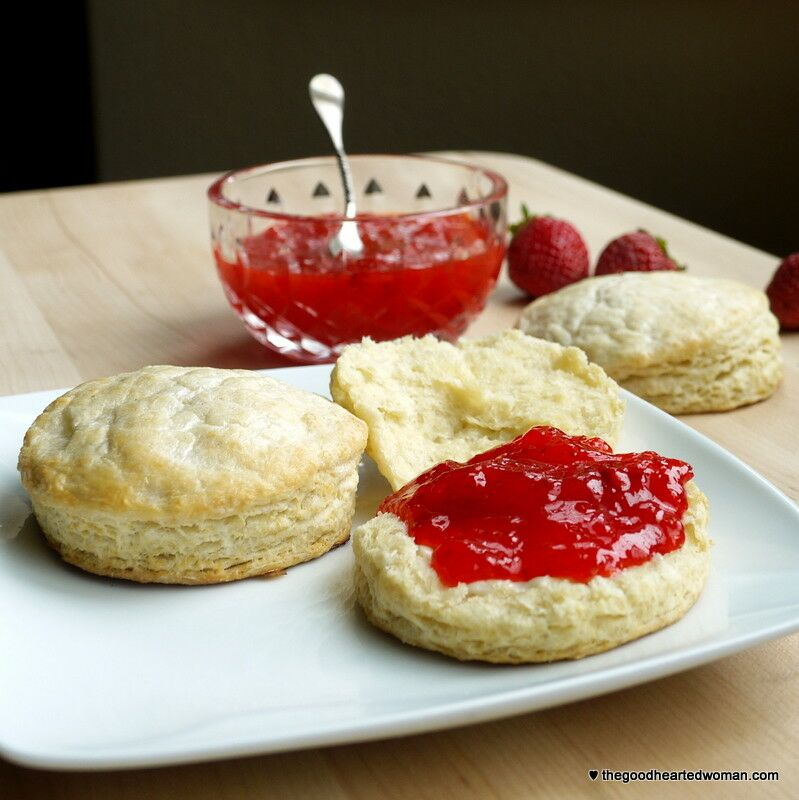 Perfect Buttermilk Biscuits | The Good Hearted Woman