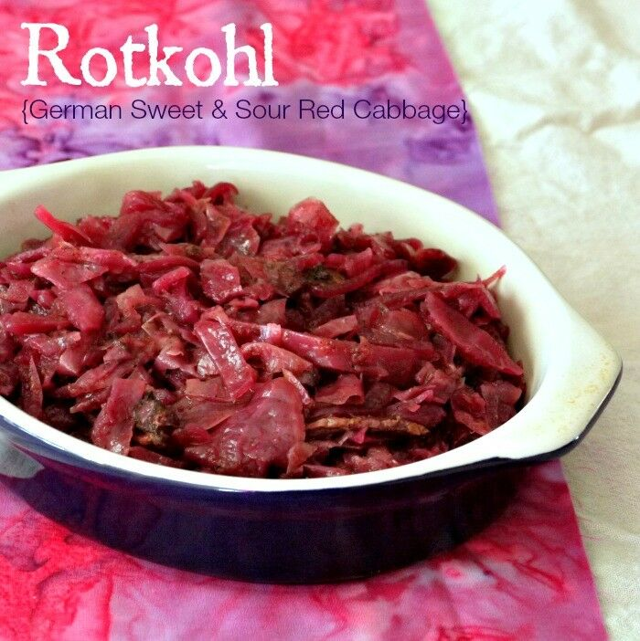 Rotkohl {German Sweet & Sour Red Cabbage}