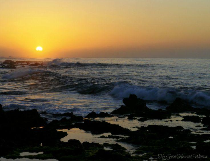 Sunset on Hawaii: Pretty Pictures & Free Background Images | The Good Hearted Woman