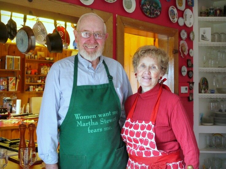 Red & Mary - The Lake House Bed & Breakfast, Lincoln City, Oregon | The Good Hearted Woman