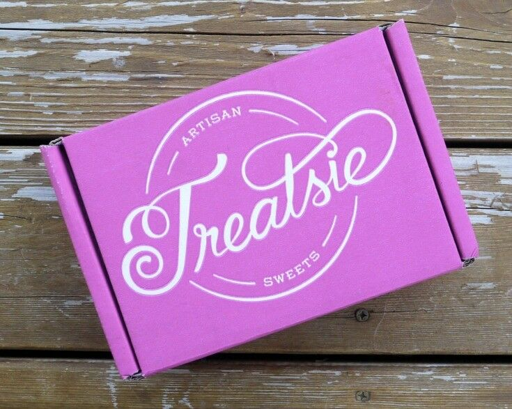 Treatsie Monthly Gourmet Sweets Subscription Box Review | The Good Hearted Woman