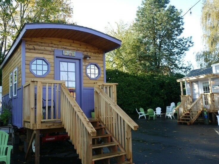 Tiny Digs Hotel, Portland, Oregon {Your Tiny Home Away From Home} | The Good Hearted Woman