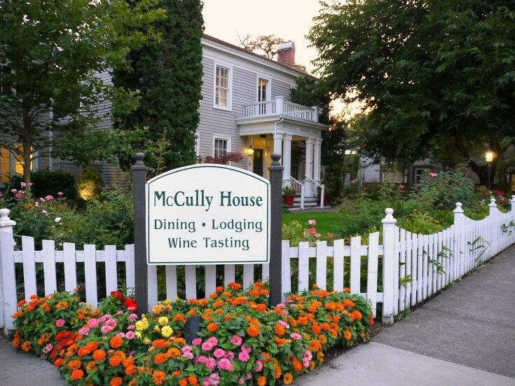 Corner Sign - Southern Oregon Travel: McCully House {Jacksonville} | The Good Hearted Woman