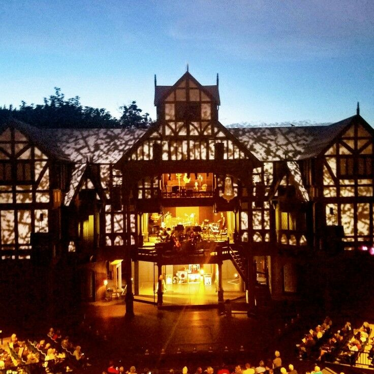 Allen Elizabethan Theater - A Day in Ashland, Oregon | The Good Hearted Woman